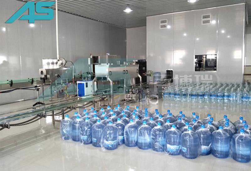 小型桶装水自动生产线